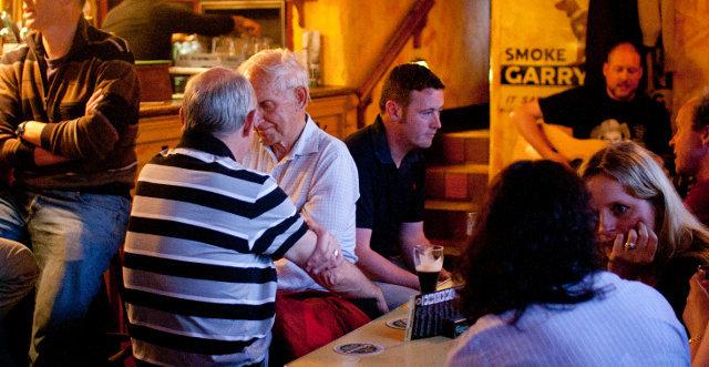 Speaking Gaelic in a pub