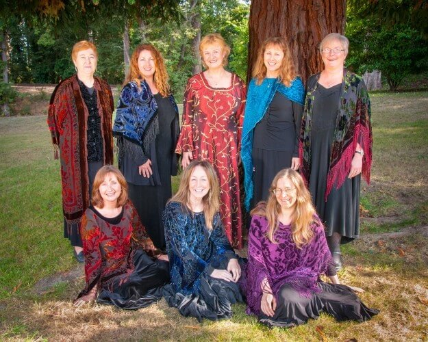 Cór Ainglí (Choir of Angels) From left to right: Back row: Eileen Mihm, Jennie Siegmund, Mary Mc Laughlin, Kathy Hopkins, Audrey Nickel. Front row: Katie Loveless, Laura Schanzer, Laura Reeve. Not shown: Janet Herman, Sadie Reeve.